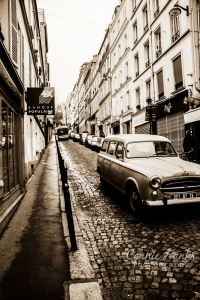 2013-03-11_2116_Paris_Montmartre_retro-warm
