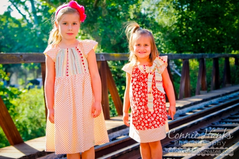 Connie Hanks Photography  //  ClickyChickCreates.com  //  vintage old time session featuring Curious Georgia dresses