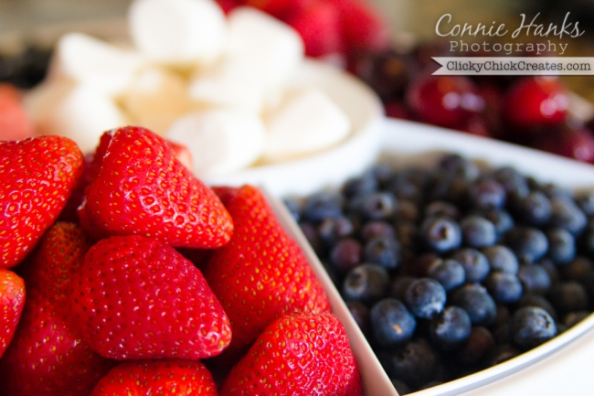 Connie Hanks Photography  //  ClickyChickCreates.com  //  Patriotic platter of strawberries, cherries, blueberries and marshmallows