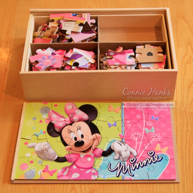 Connie Hanks Photography // ClickyChickCreates.com // Disney Minnie Mouse puzzle collection