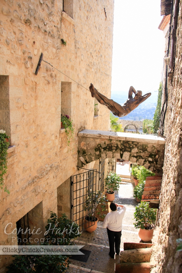 Connie Hanks Photography // ClickyChickCreates.com // art, arches, architecture, Saint Paul-de-Vence, Provence, France