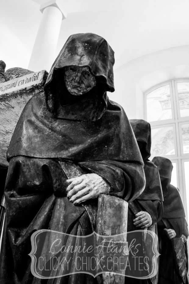 Connie Hanks Photography // ClickyChickCreates.com // eerie photos from the Louvre, Richelieu wing, monks carrying a fallen Crusader