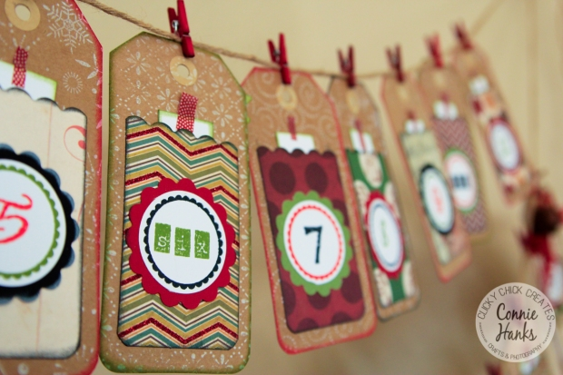 Connie Hanks // ClickyChickCreates.com // Advent calendar banner and mini book with unique family experiences and activities