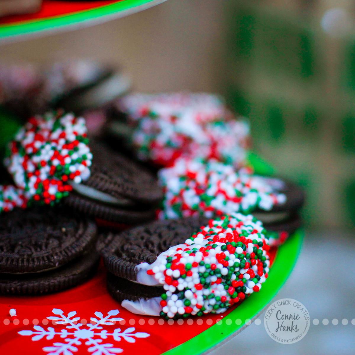 Connie Hanks Photography // ClickyChickCreates.com // oreos, sprinkles, chocolate, treats, Christmas, easy, yum!