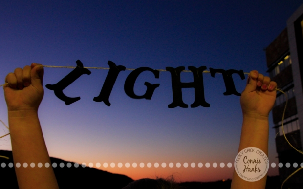 Connie Hanks Photography // ClickyChickCreates.com // light banner, sunset, silhouette, baby hands, little helper, #OLW, #CY365
