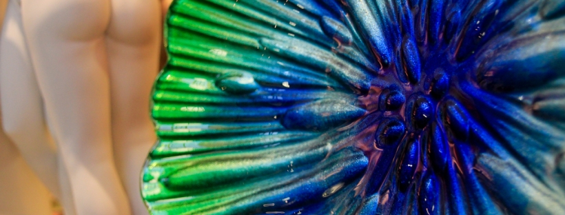 Connie Hanks Photography // ClickyChickCreates.com // blue and green decorative glass art piece found in Hearst Castle