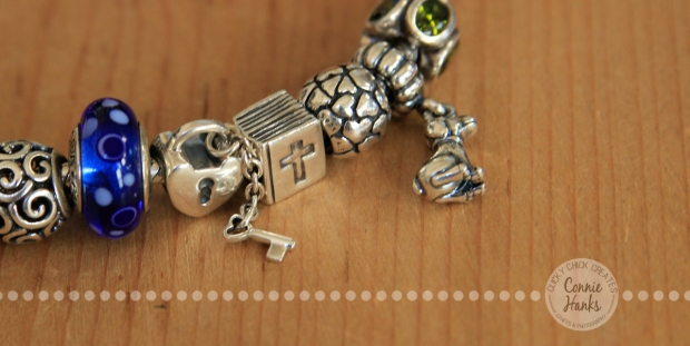 Connie Hanks Photography // ClickyChickCreates.com // Pandora bracelet, key and lock, hearts