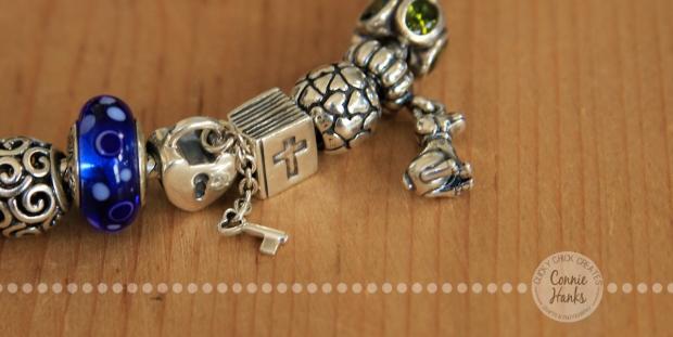Connie Hanks Photography // ClickyChickCreates.com // Pandora bracelet, key and lock, hearts