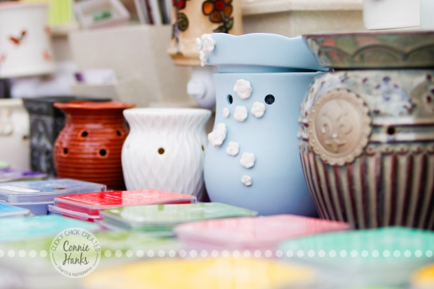 Connie Hanks Photography // ClickyChickCreates.com // Scentsy candle pots