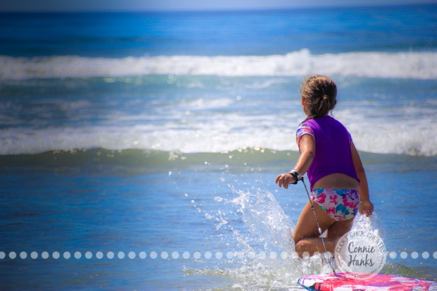 Connie Hanks Photography // ClickyChickCreates.com // boogie boarding family beach day in San Diego, CA