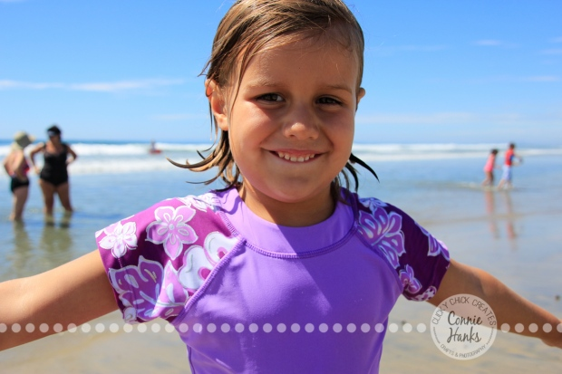 Connie Hanks Photography // ClickyChickCreates.com // family beach day in San Diego, CA