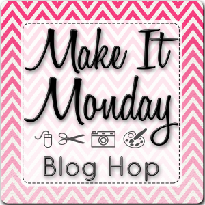 Connie Hanks Photography // ClickyChickCreates.com // Make It Monday, blog hop