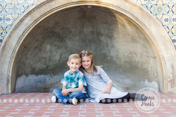 Connie Hanks Photography // ClickyChickCreates.com // Family photography, San Diego, Y Family, Balboa Park, arches