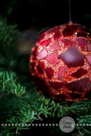 Connie Hanks Photography // ClickyChickCreates.com // Christmas, decorations, ornaments, diptychs, Advent