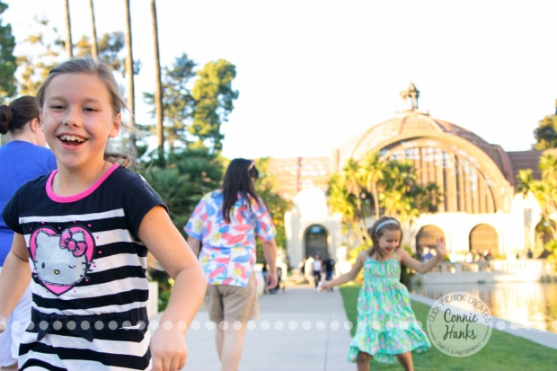 Connie Hanks Photography // ClickyChickCreates.com // beautiful, spirited daughters, sisters, Balboa Park, San Diego, CA