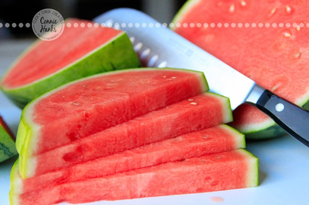 Connie Hanks Photography // ClickyChickCreates.com // watermelon, cut watermelon, knife