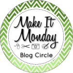 Connie Hanks Photography // ClickyChickCreates.com // Make it Monday blog circle in green
