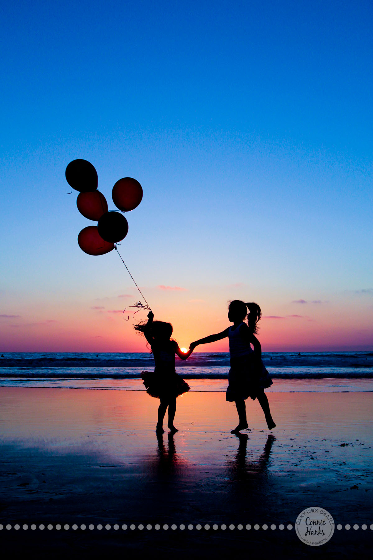 Connie hanks photography clickychickcreates com beach silhouettes with balloons