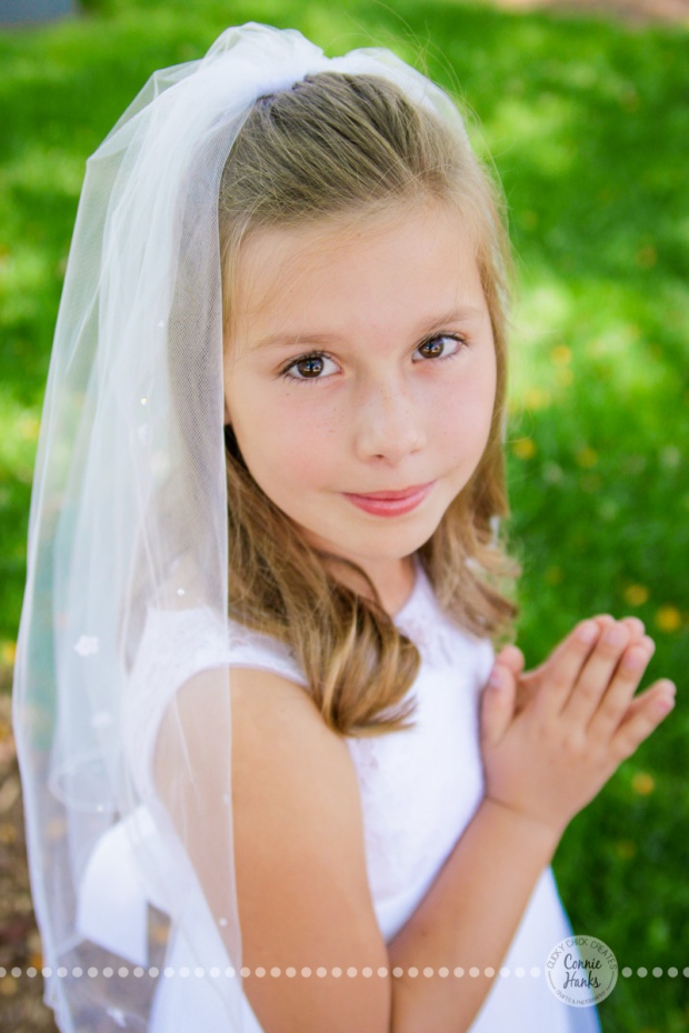 Connie Hanks Photography // ClickyChickCreates.com // First Communion poses