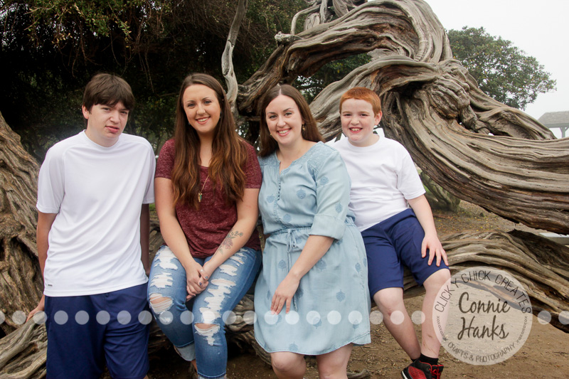 Connie Hanks Photography // ClickyChickCreates.com // San Diego family photo session, multi-generation, family photos,, La Jolla Cove, real photos, family candids