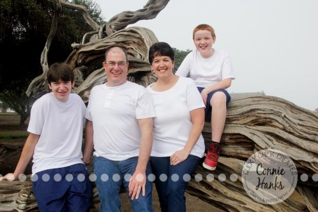 Connie Hanks Photography // ClickyChickCreates.com // San Diego family photo session, multi-generation, family photos,, La Jolla Cove, real photos, family candids