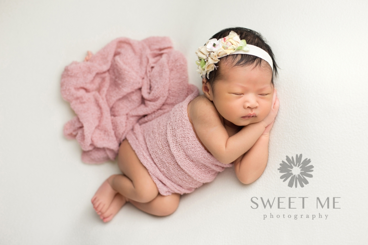 Sweet Me Photography // ClickyChickCreates.com // newborn photography, new baby photography, san diego newborn photography