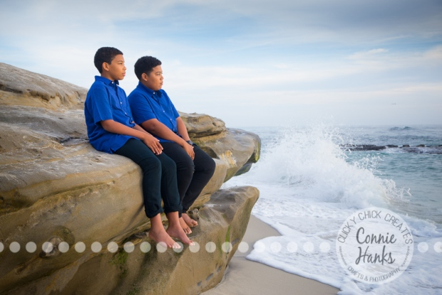 Connie Hanks Photography // ClickyChickCreates.com // La Jolla family photos, San Diego family photography, family photo session, siblings, La Jolla, Windansea Beach
